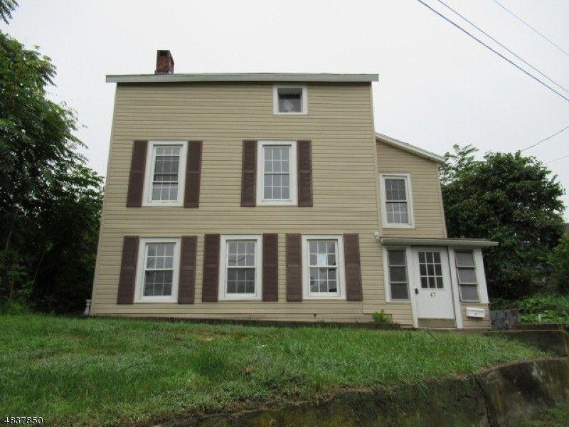 47 Harrison St, Sussex, NJ 07461