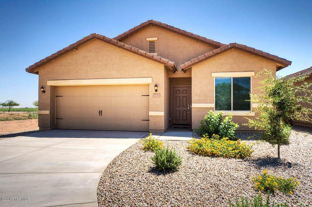 8291 W Screech Owl Dr, Tucson, AZ 85757