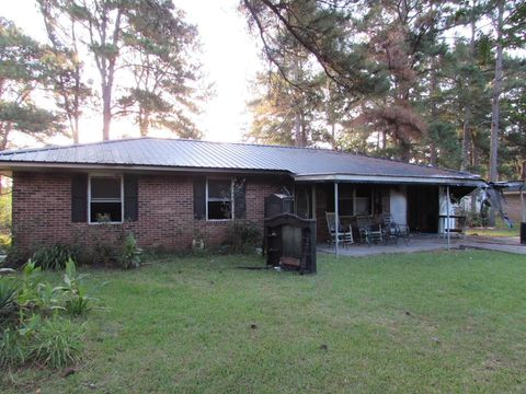 762 Howell St, Blakely, GA 39823