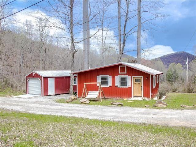 134 Chestnut Creek Rd, Candler, NC 28715