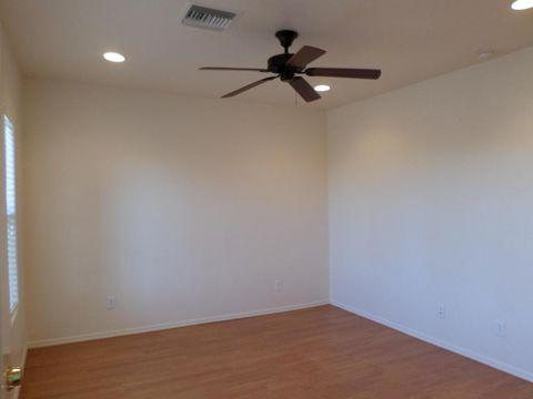 1137 E Ave, Douglas, AZ 85607