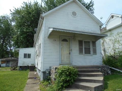 226 E Velma Ave, Saint Louis, MO 63125
