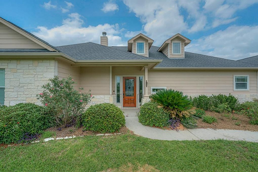 22072 Stone Creek Ln, Montgomery, TX 77316