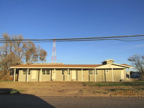 1113 Houston St, Levelland, TX 79336