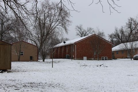 Photo of 211 N Main St, Urbana, MO 65767