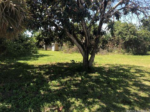 Photo of 221 Adams St, Oak Hill, FL 32759