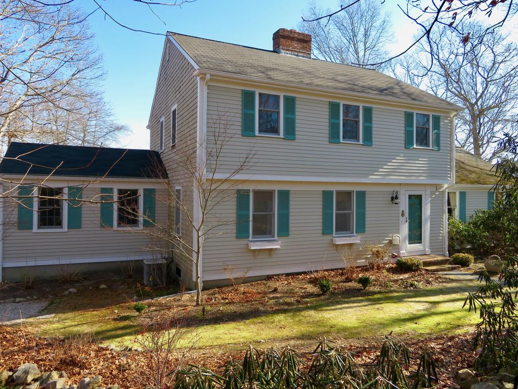 16 Old Toll Rd West Barnstable, MA 02668