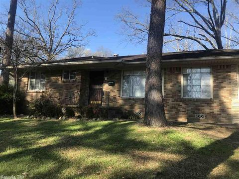 Photo of 4417 Hazelwood Rd, North Little Rock, AR 72116