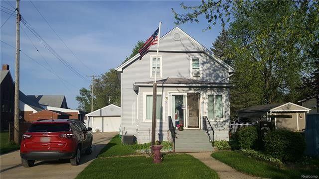 19141 Craig St, Huron Township, MI 48164