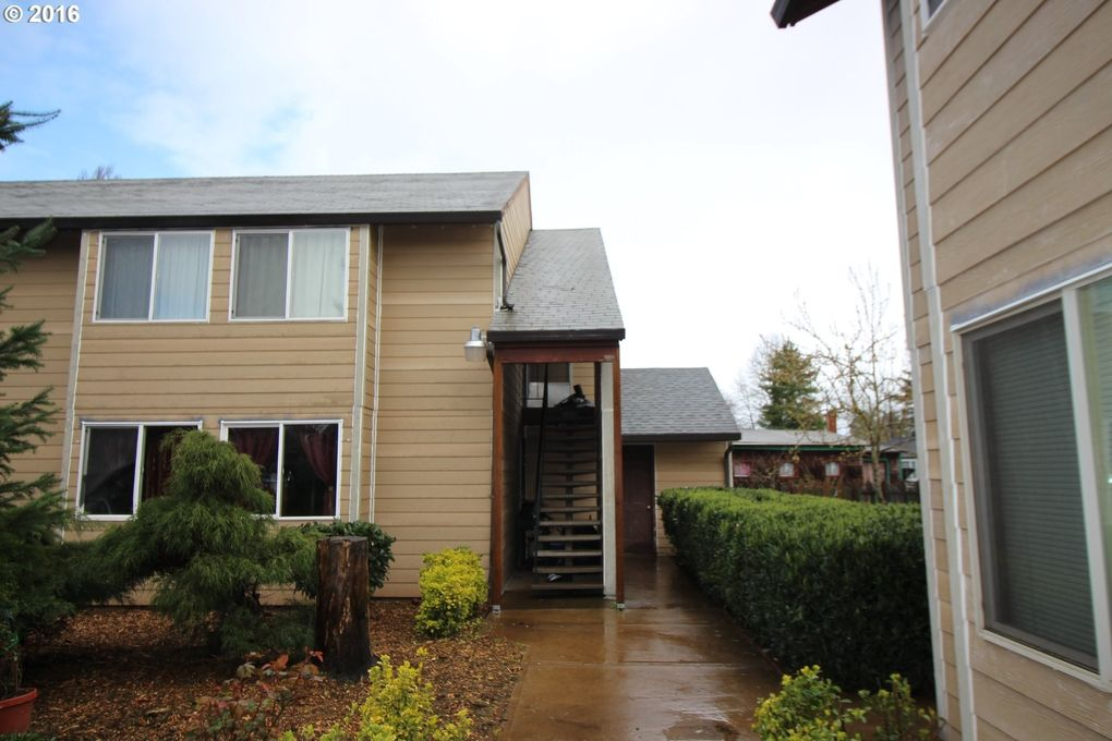 1060 Park Ave Apt A6, Woodburn, OR 97071 - realtor.com® Unique House Designs Open Co E A on