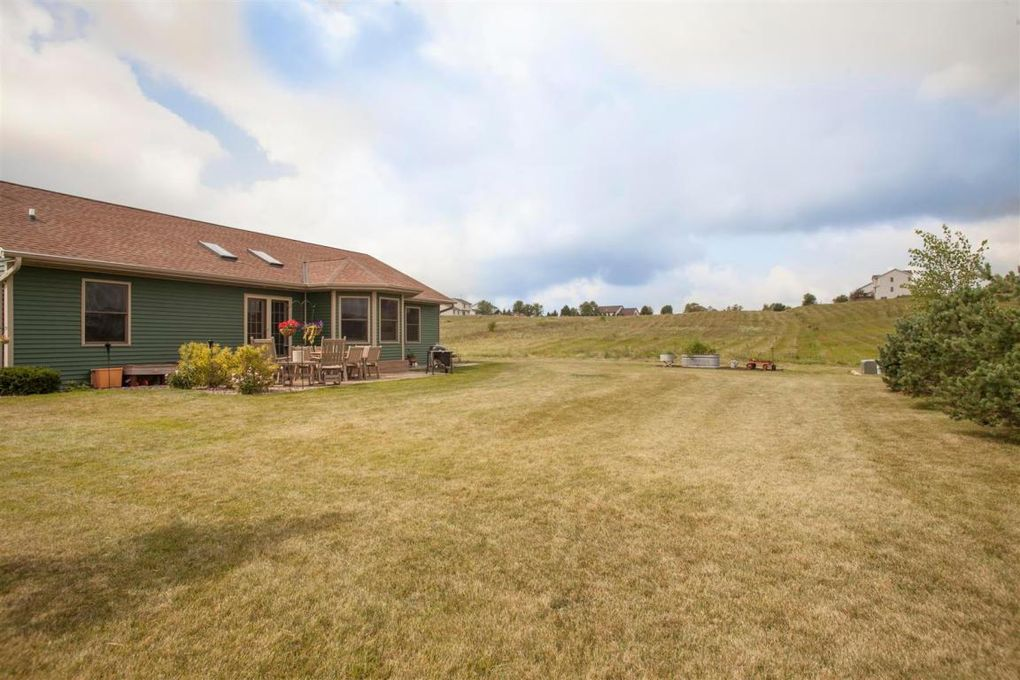 homes for sale in dodge county wi