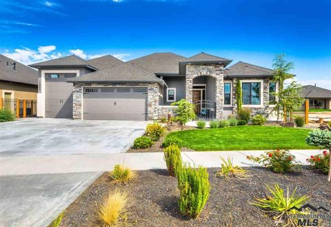 Photo of 821 E Andes Dr, Kuna, ID 83634
