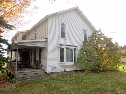 Photo of 9493 Warner Gulf Rd, Holland, NY 14080