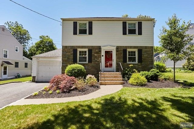 13 yorktown ter livingston nj 07039 home for sale and