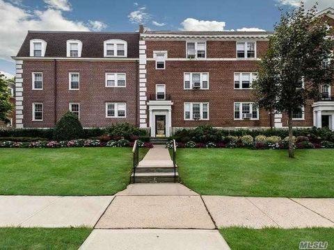 Village of Garden City, NY Condos & Townhomes for Sale - realtor.com®