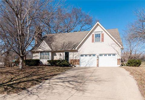 Woodbridge Kansas City Mo Real Estate Homes For Sale Realtor Com