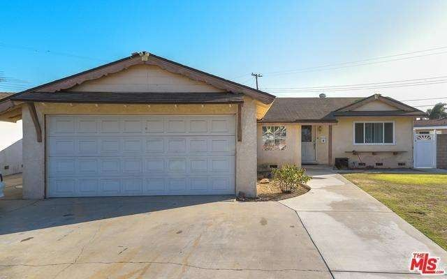 Single story homes for sale in orange county ca one for Modern homes for sale in orange county