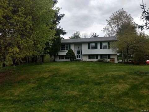 Photo of 1 John Dr, Goshen, NY 10924