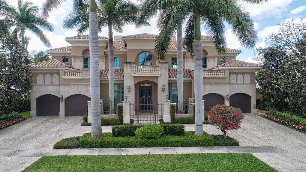 16841 Rose Apple Dr, Delray Beach, FL 33445