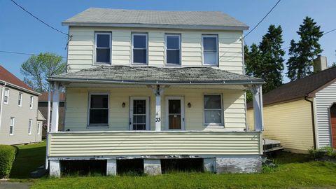 33 E Pine St, Sheppton, PA 18248