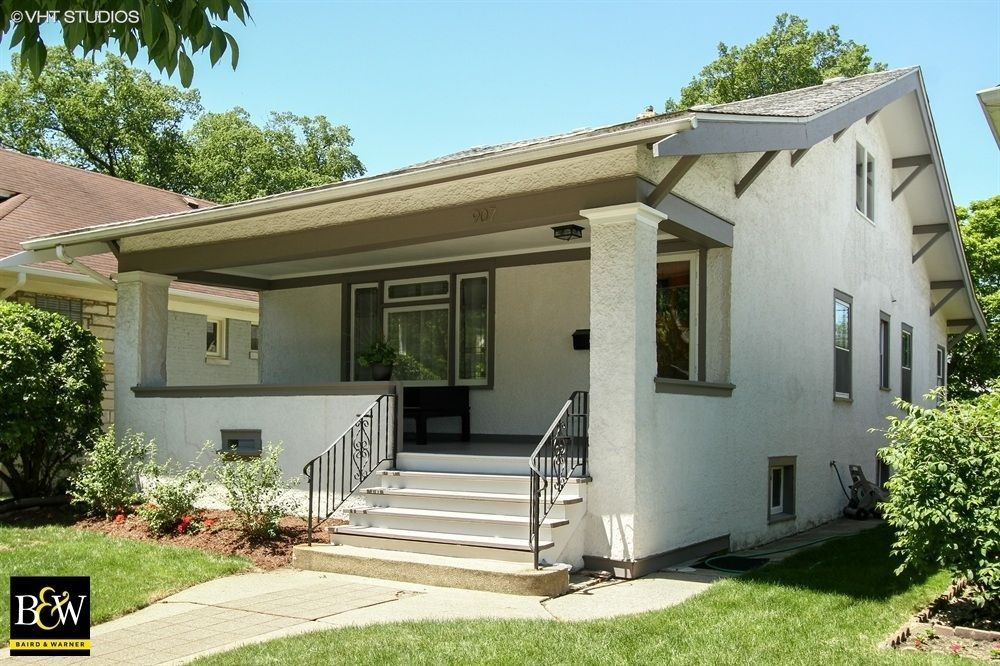 907 Mapleton Ave Oak Park IL 60302