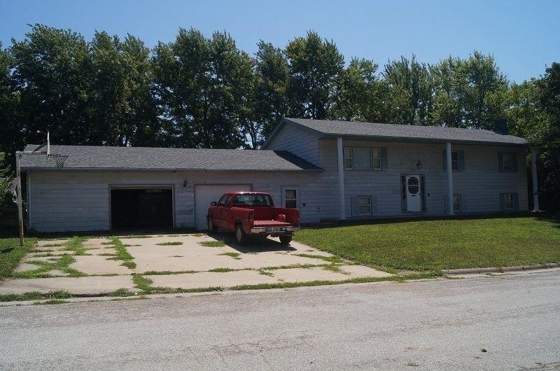 Pawnee City Nebraska >> 1020 E St Pawnee City Ne 68420