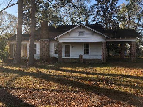 Photo of 412 E Bay St, Pineview, GA 31071