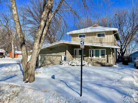 Photo of 700 S Duluth Ave, Sioux Falls, SD 57104