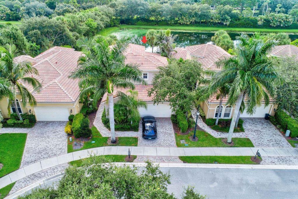 142 Andalusia Way, Palm Beach Gardens, FL 33418