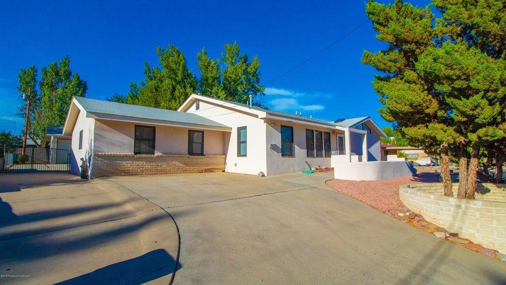 916 E Navajo St, Farmington, NM 87401
