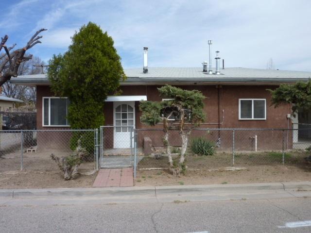 607 W Chamisa St Espanola, NM 87532