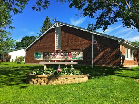 Photo of 719 Fair St, Mineral Point, WI 53565