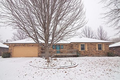 Photo of 3924 Sw Colly Creek Dr, Topeka, KS 66610