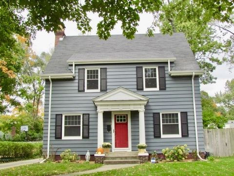 1323 E South St, South Bend, IN 46615