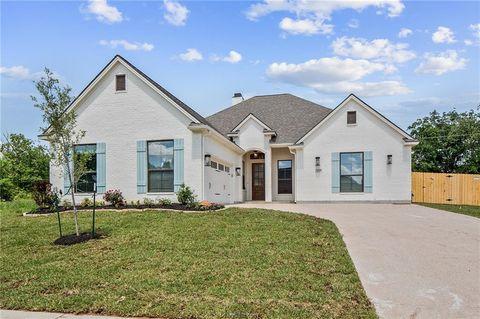 Photo of 3237 Rose Hill Ln, Bryan, TX 77808