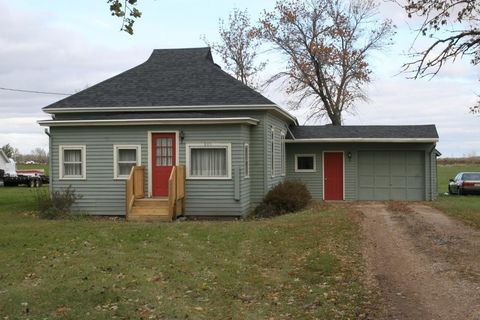 805 6th St, Claremont, SD 57432