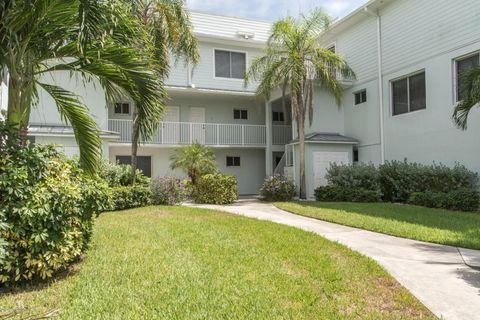 1321 S Miramar Ave Unit 2, Indialantic, FL 32903
