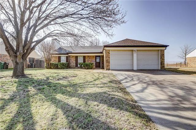 1621 Homestead St Flower Mound, TX 75028