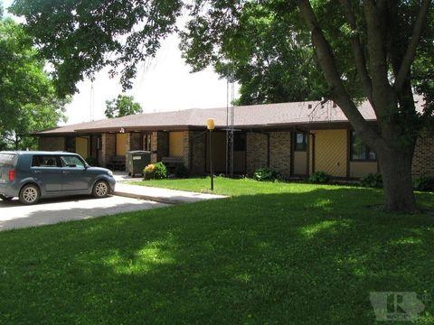 Photo of 420 8th Ave Sw, Hampton, IA 50441