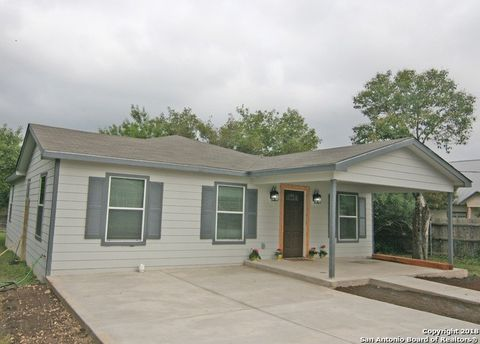 Photo of 1511 Jackson St, Castroville, TX 78009