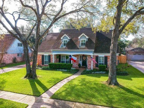 Photo of 18019 Oakhampton Dr, Houston, TX 77084