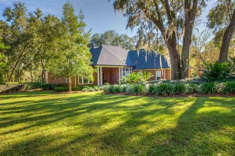 Photo of 8950 Winged Foot Dr, Tallahassee, FL 32312