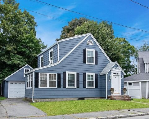 Photo of 46 Ruby Ave, Marblehead, MA 01945