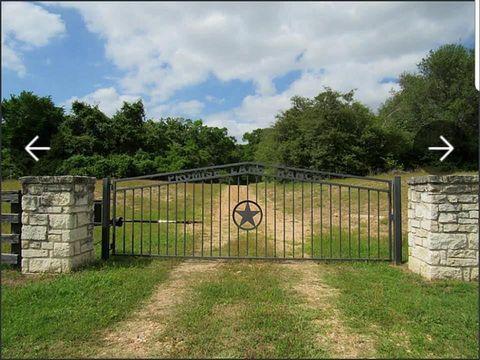 Photo of 4473 Highway 90 Hwy, Alleyton, TX 78935