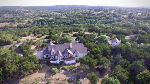 231 S Treasure Hills Rd Kerrville TX 78028