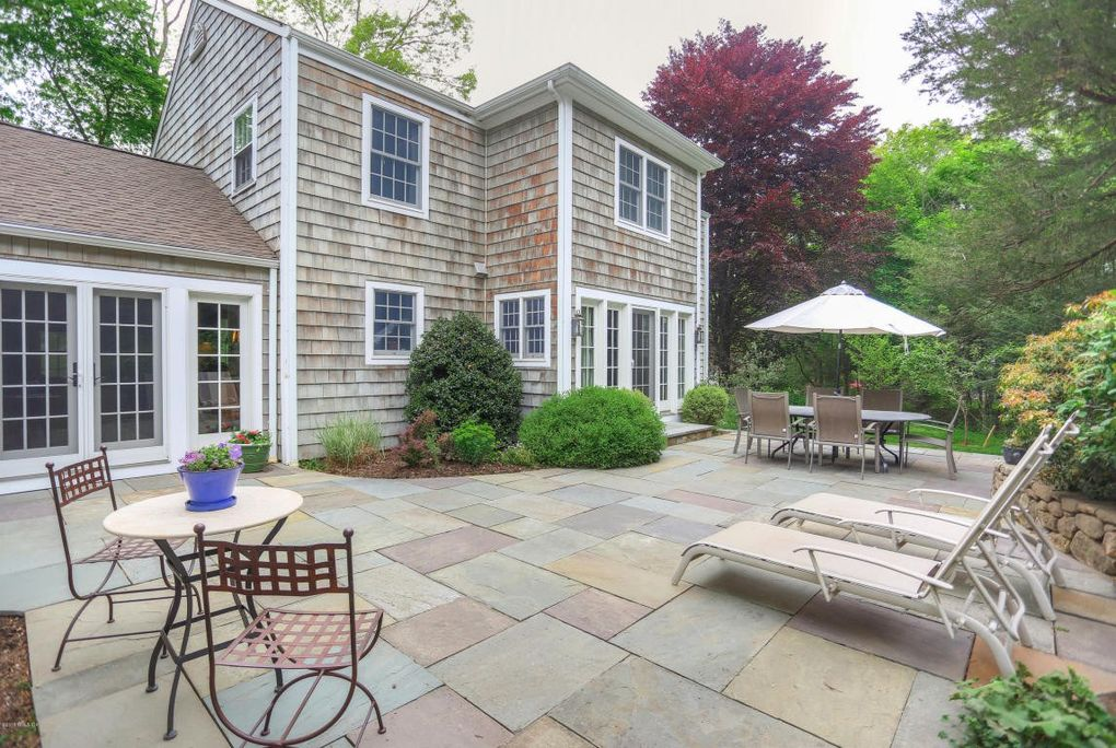 Elegant 315 Orchard St, Greenwich, CT 06830