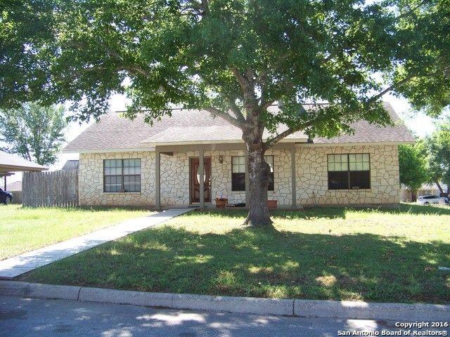 1024 jasmine dr floresville tx 78114 home for sale real estate