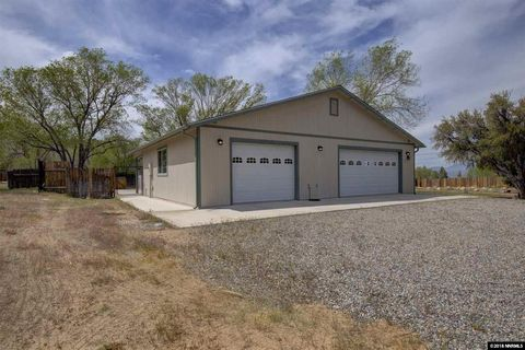 Photo of 168 Mill Creek Dr, Coleville, CA 96107