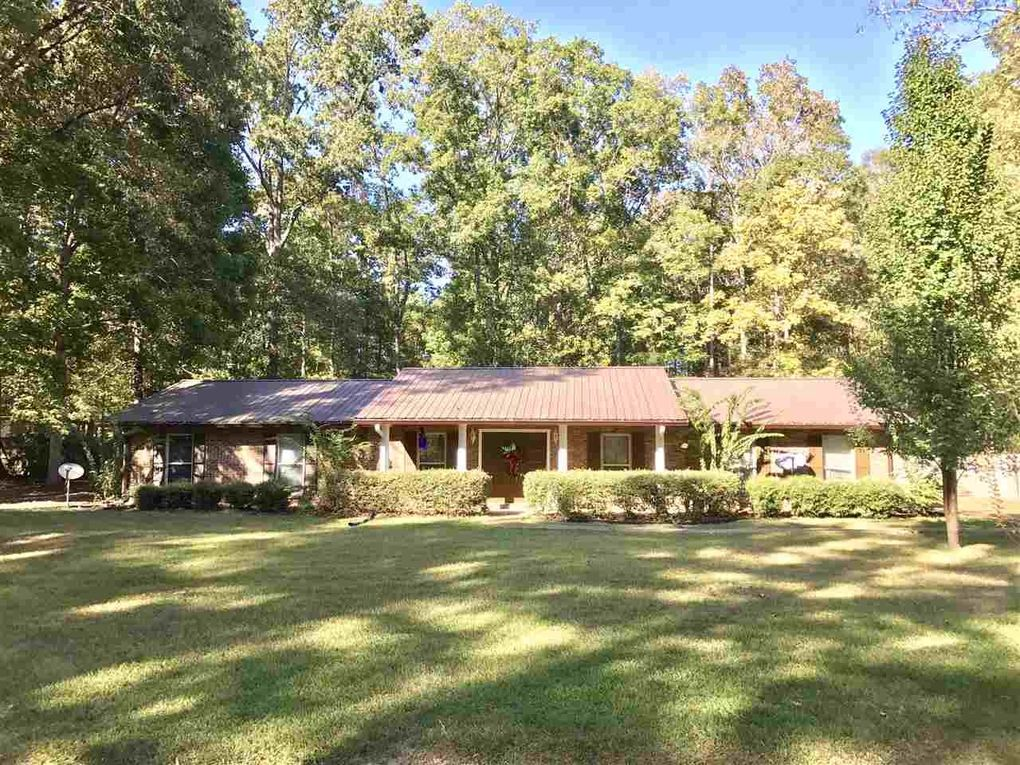 204 Eastwood Dr, Florence, MS 39073