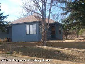303 1st Ave Sw, Wibaux, MT 59353
